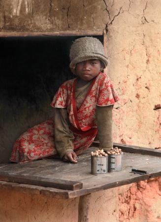 Jeune vendeur d'arachide
